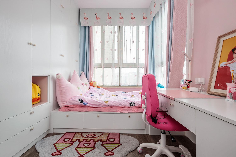 现代简约三居儿童房装修效果图