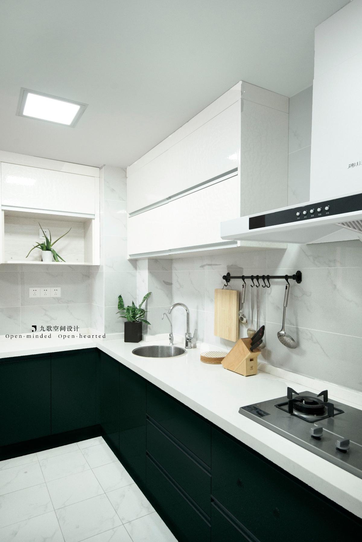 一居室小户型公寓厨房装修效果图