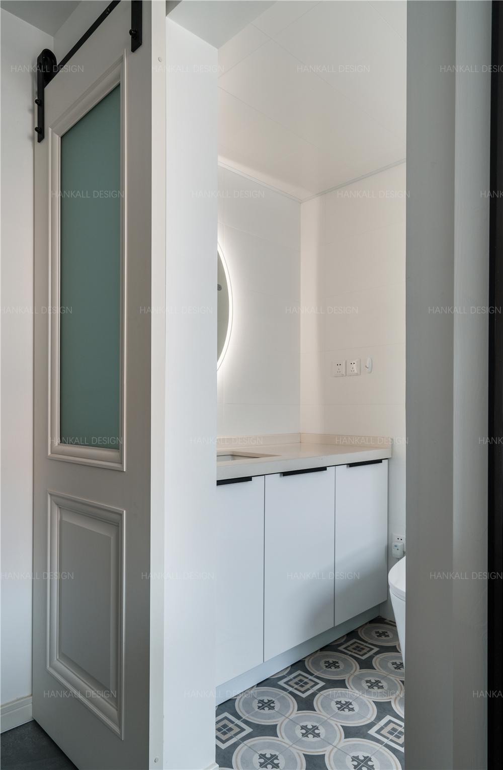 54平米一居室卫生间装修效果图