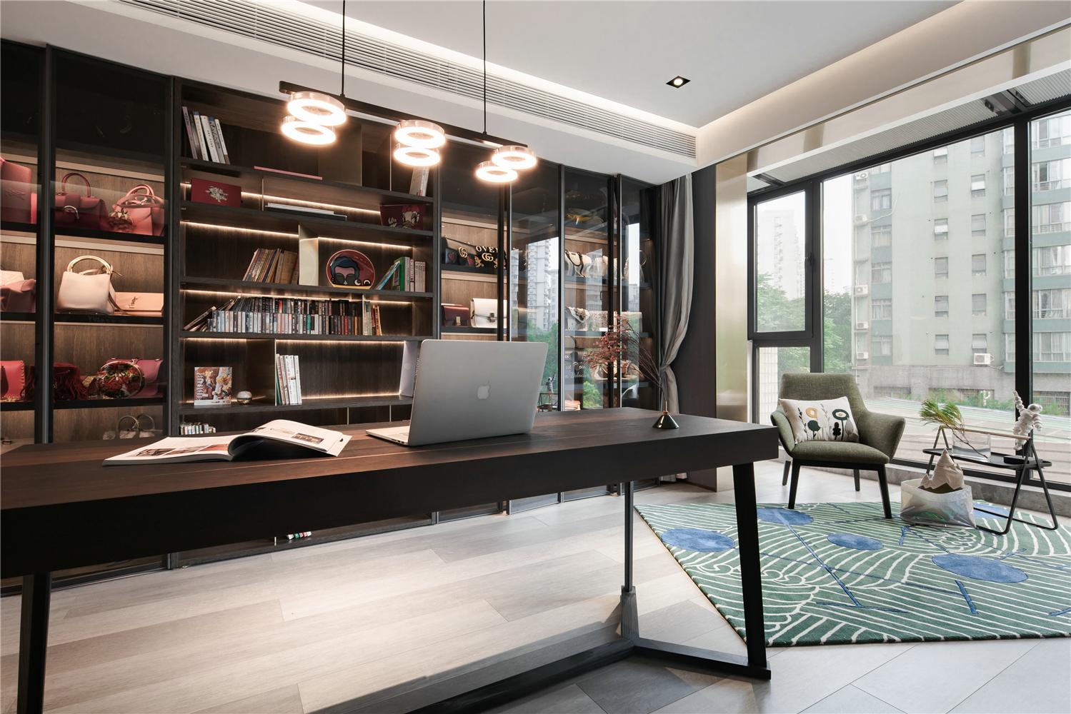 300㎡复式公寓书房装修效果图