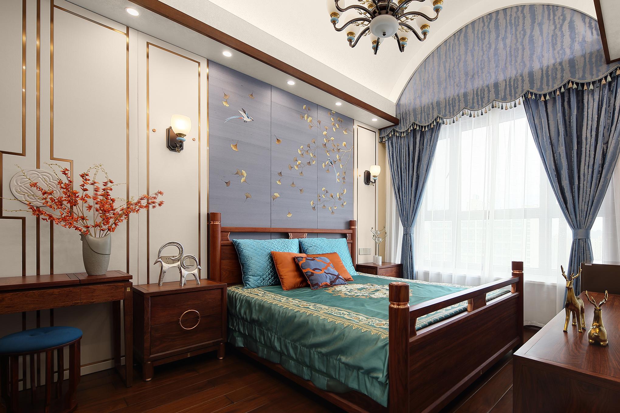 大户型复式中式卧室装修效果图