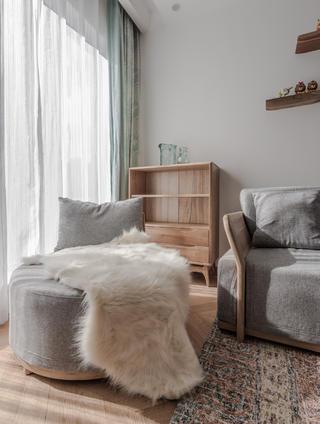 85㎡两居室装修客厅休闲一角