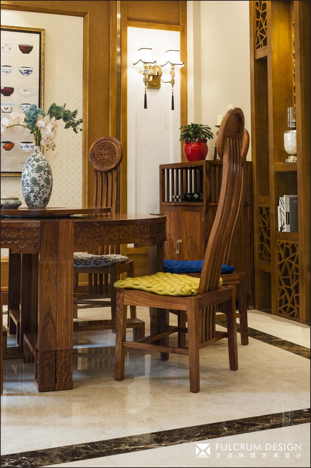 中式风格别墅装修餐桌椅设计图