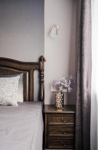 135㎡美式风格装修床头柜设计图