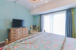 复式美式风格装修卧室电视柜设计