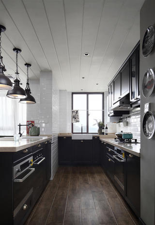 复古美式风格四居厨房装修效果图