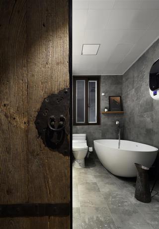 复古美式风格四居卫生间装修效果图