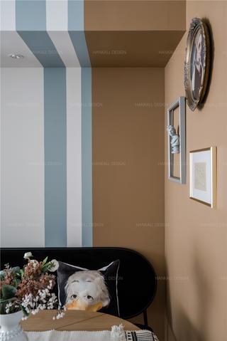 90平米二居室装修餐厅背景墙设计