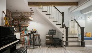 160㎡复式美式风楼梯装修效果图