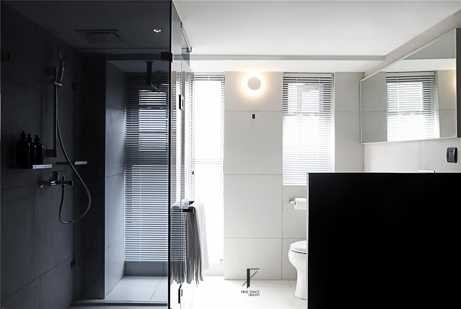 现代小户型公寓卫生间装修效果图