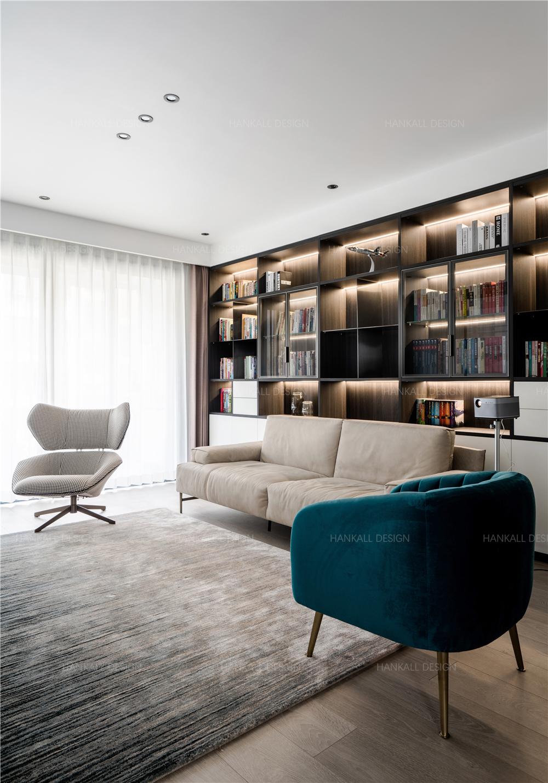 135㎡现代风格沙发背景墙装修效果图
