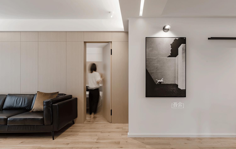 简约现代风格三居隐形门装修效果图