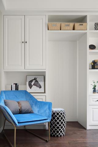混搭风格四居装修蓝色休闲椅设计