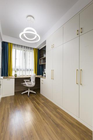 四居室现代轻奢风书房装修效果图