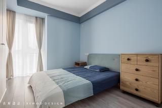 115平米三居卧室装修效果图