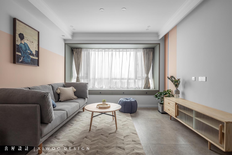 115平米三居室客厅装修效果图