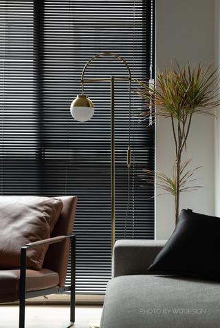 140㎡现代风三居室装修落地灯设计图