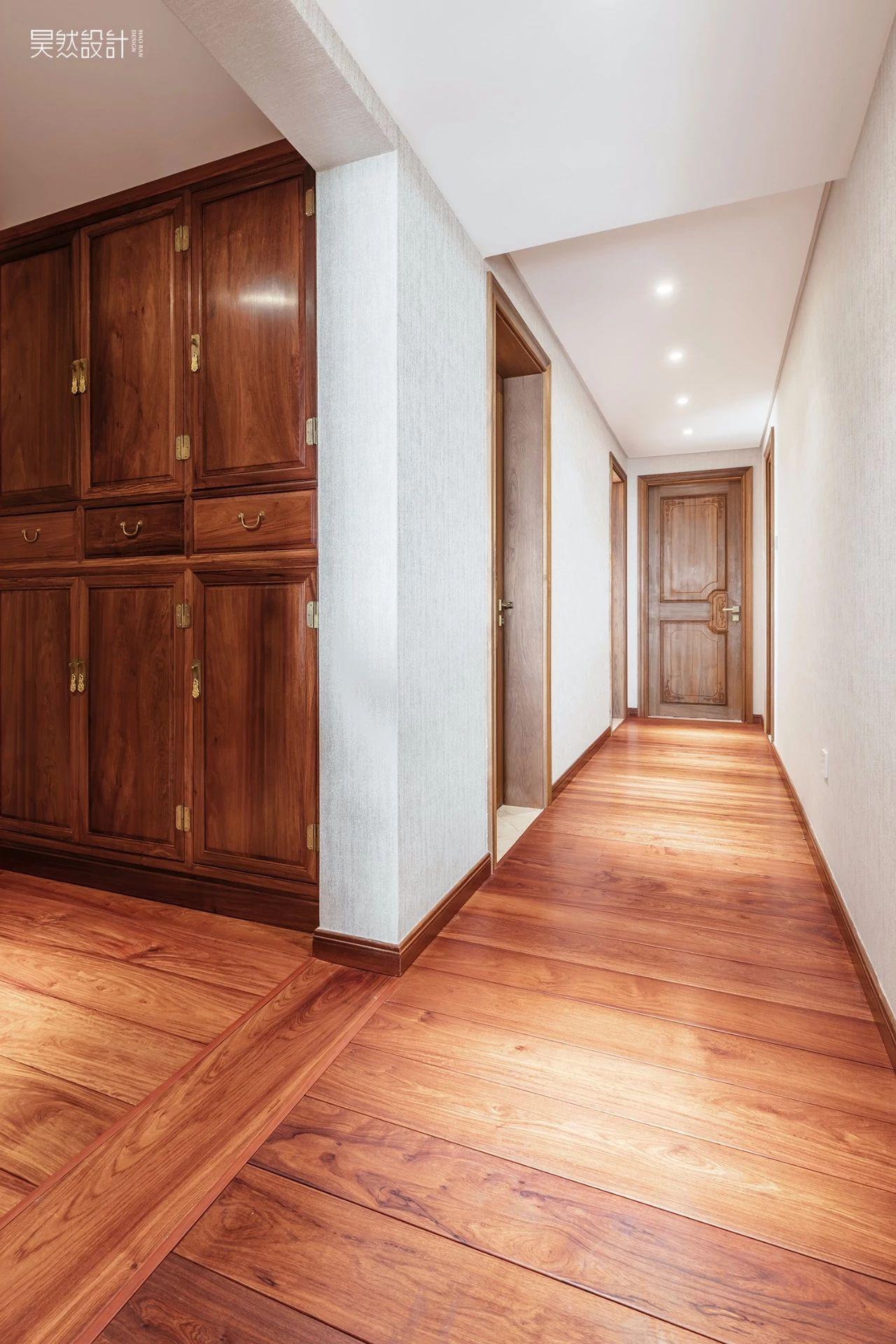 大户型中式风格走廊装修效果图