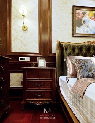 美式风格别墅装修床头柜设计