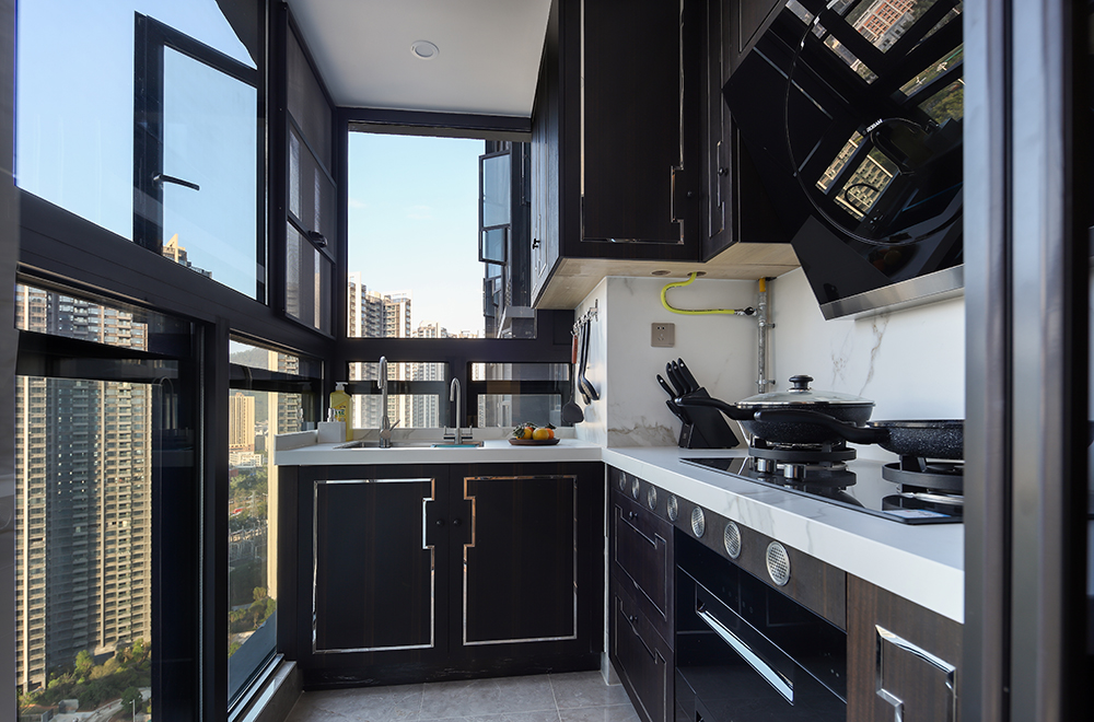 新中式风格三居室厨房装修效果图