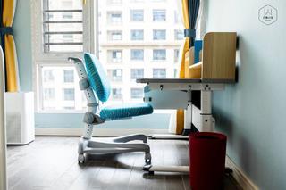 180㎡现代轻奢风装修儿童书桌设计
