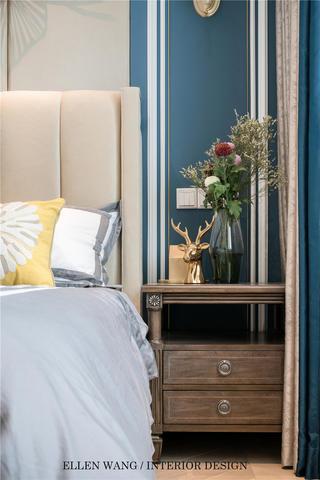 大户型美式风格装修床头柜设计