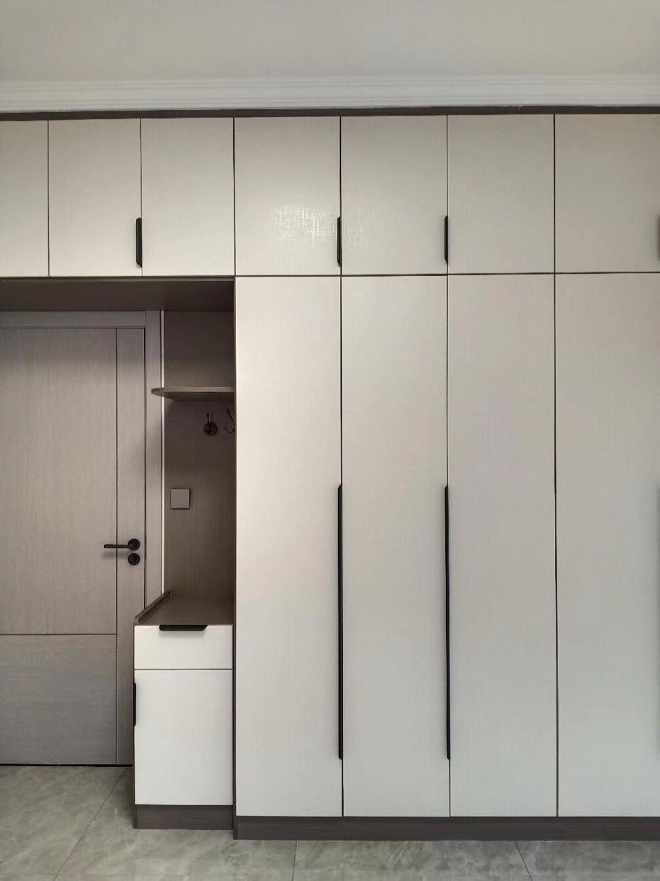 上海装修案例78平简约现代-夏末 初秋 灰色+白色系家的温暖